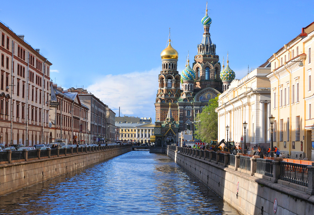 Boat Neva Tour and St Petersburg Canals
