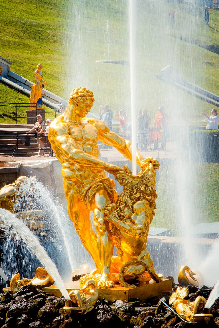 Peterhof lower park Samson