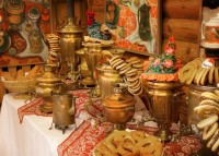 Hospitality as the essential part of Russian mentality